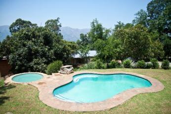 Lidwala Lodge pool. Photo credit: http://lidwala.co.sz/